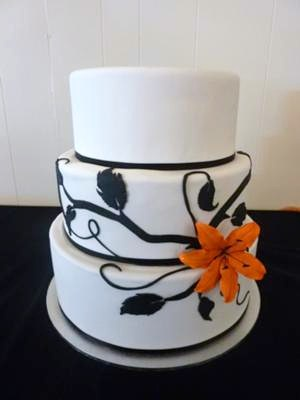 Black and white wedding cakes gallery white and black wedding cake junglespirit Image collections