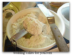 measuring cake flour