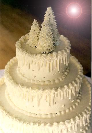 Christmas Cake Decorating Ideas With Buttercream : Festive Christmas Wedding Cakes And Christmas Cake ...