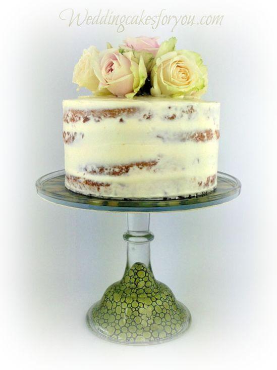 Naked Cake Designs Embellished With Fresh Flowers