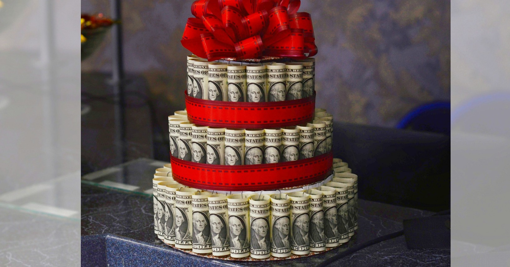 wedding cake made of money