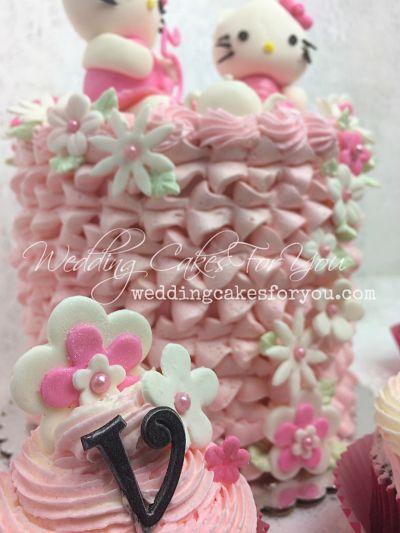 Kylo Ren on a cake
