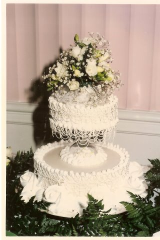 Thurley 39s Vintage 1950 39s Wedding Cake This cake photo is from my friend 39s