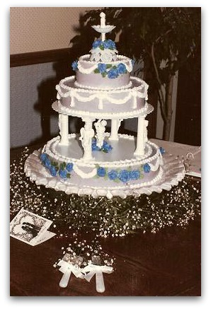 Jane and John's Vintage Wedding Cake