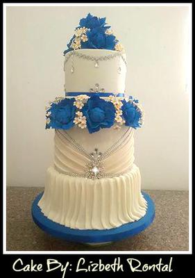 how to make a bling wedding cake stand bling bling wedding cake 15792