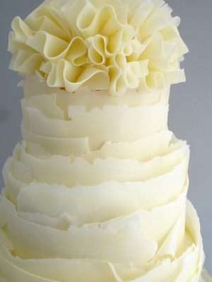 white and chocolate wedding cake working with modeling chocolate 27203