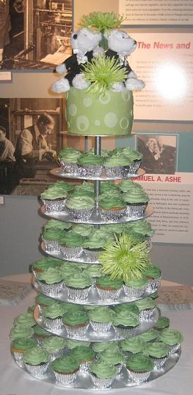 making a wedding cake stand cupcake stands and ideas for your own 17051