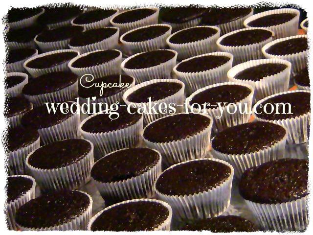 150 cupcakes