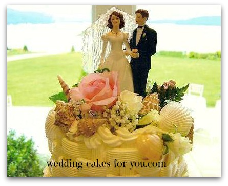 Seashell wedding cake topper