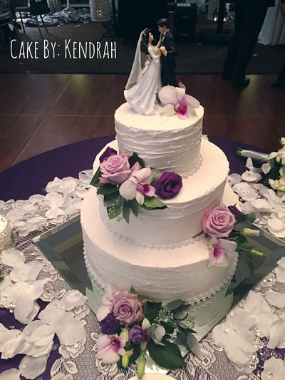 Homemade Wedding Cake.Diy Bride Make Your Own Wedding Cake