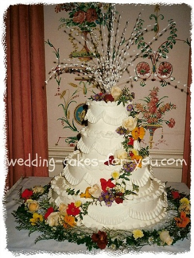 wedding cake fall designs imagine fall wedding cakes with bright and colorful autumn 22592