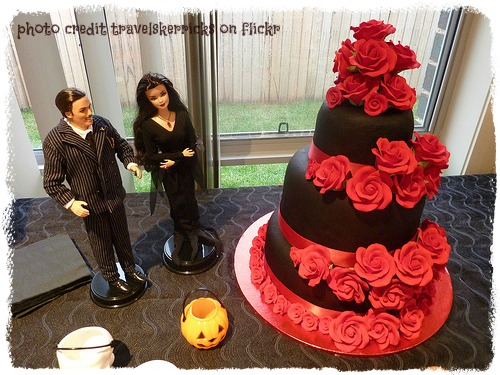 chocolate and red rose wedding cake