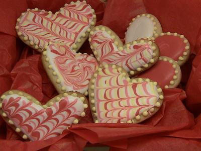 Heart Shaped Wedding Cakes And Valentine Cakes For Your Romantic ...