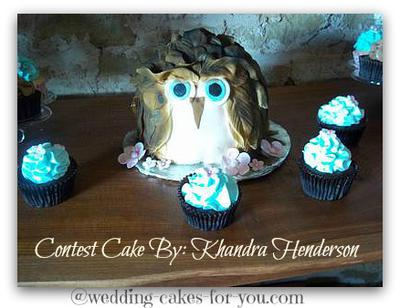 Robin Blue Owl Wedding Cake
