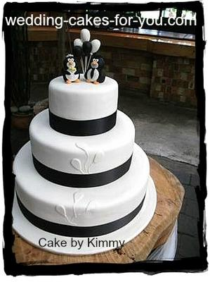 A Penguin Themed Cake