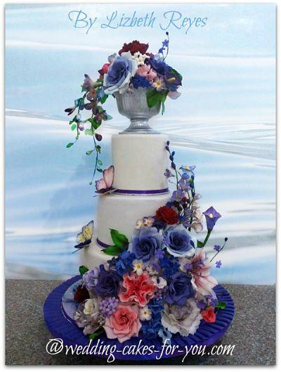 Purple wedding cake by Lizbeth Reyes