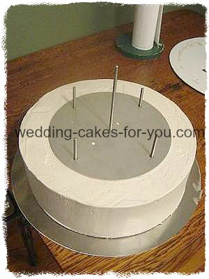 stacked wedding cake construction transporting 4 tiered cakes 20461