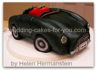 Vintage car  wedding cake