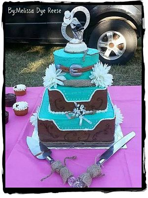 Western Wedding Cake by Melissa