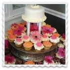 cupcakes on a silver stand Clickable Link