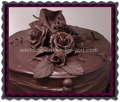 Chocolate ganache makes a great filling for fondant cakes
