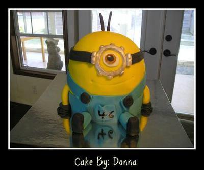 Surprise Minion Birthday Cake