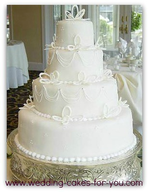 Fondant wedding cake with royal icing decorations