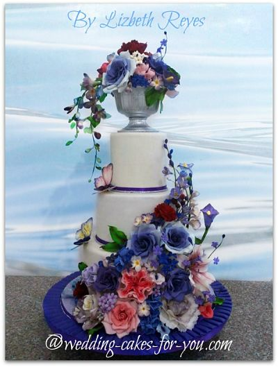 Purple wedding cake by Lizbeth Reyes