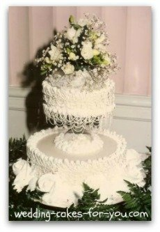 small vintage 1950 wedding cake